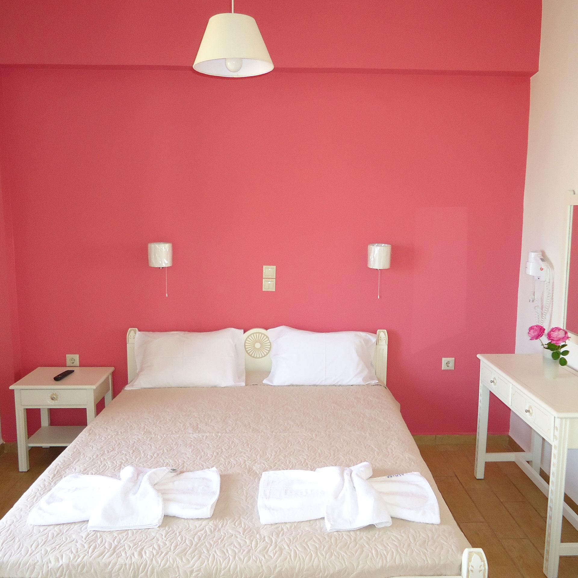 Tree Bed Room
